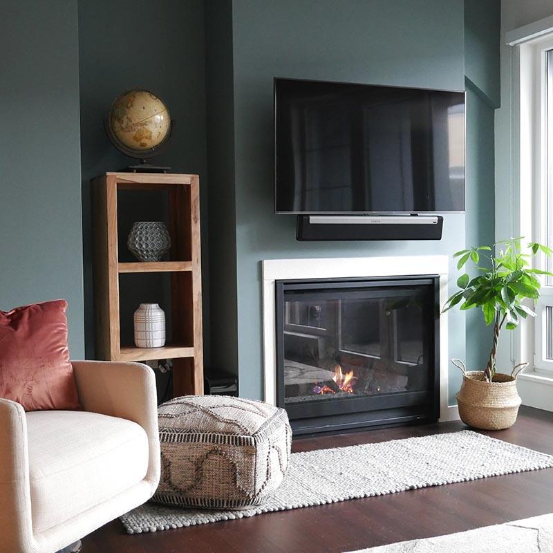 complex_blue_0001_Fireplace 1